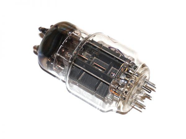 لامپ 6C33C روسی